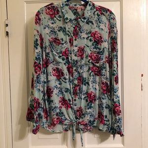 dolled up blue button down with pink roses